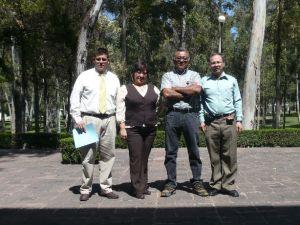 En la foto aparecen Carlos Reyna, Fabiola Flores, Víctor Hugo Luna y José Luis Torres.